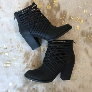 Mossimo Supply Co. Black Booties size 7-Womens